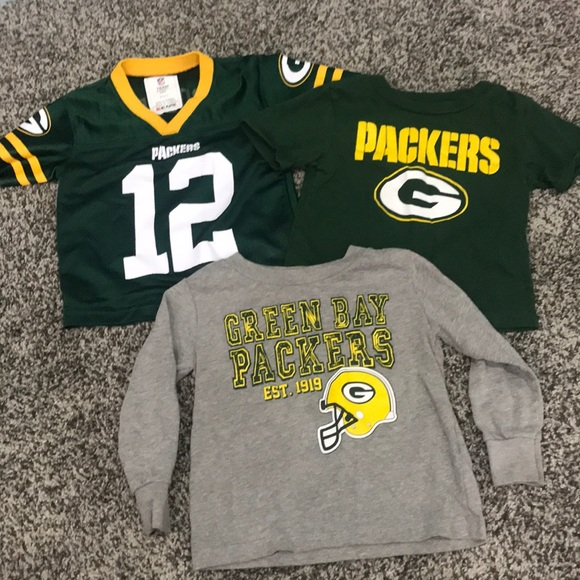 Green Bay Packer shirts. M 5b479c0e6a0bb770be93295b 900c4d6cd